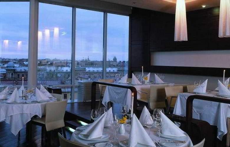 Ambassador - Restaurant - 5