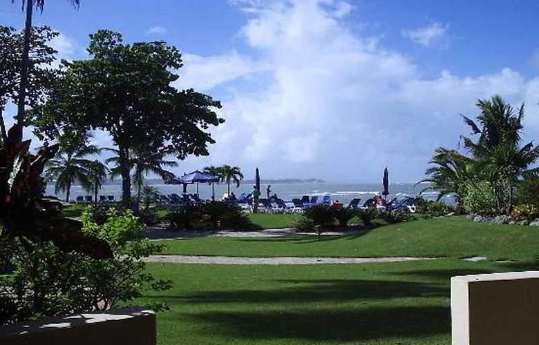 Velero Beach Resort - Beach - 4