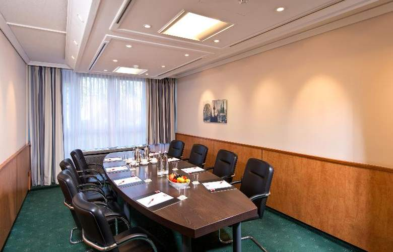 Holiday Inn Cologne-Bonn Airport - Conference - 20