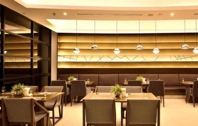 Aetas Lumpini - Restaurant - 22