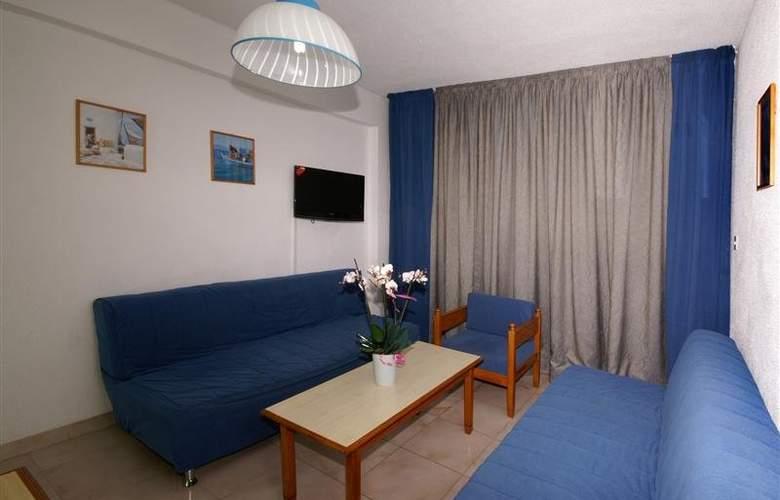 Napa Prince Hotel Apartments - Room - 5