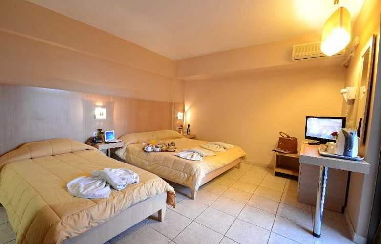 Citi Live Hotel - Room - 11