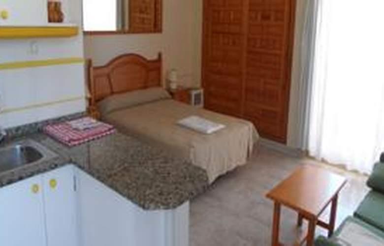 Apartamentos Olympia Gardens - Room - 1