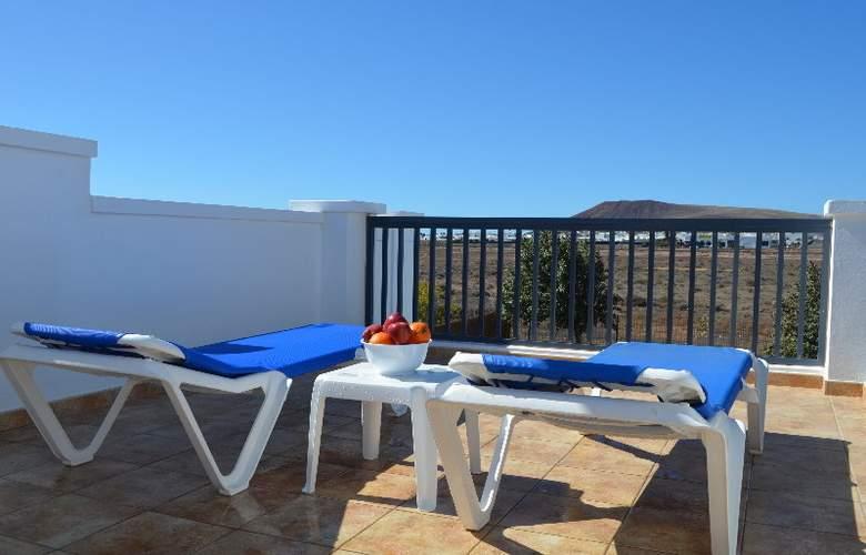 Sun Grove Villas - Terrace - 16