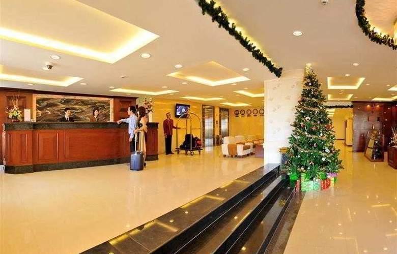 Best Western Dalat Plaza Hotel - Hotel - 2