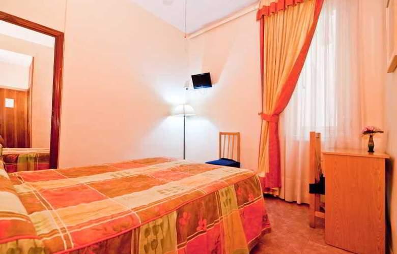 Oporto - Room - 13