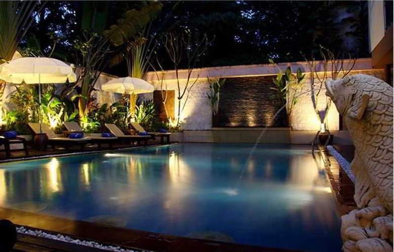 The Best House - Pool - 2