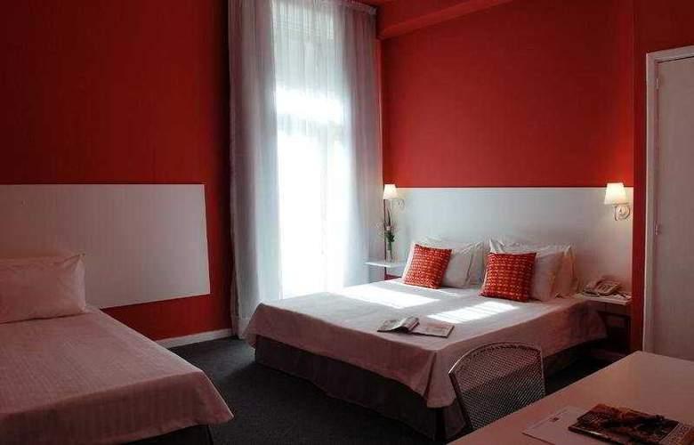 Mundial - Room - 2