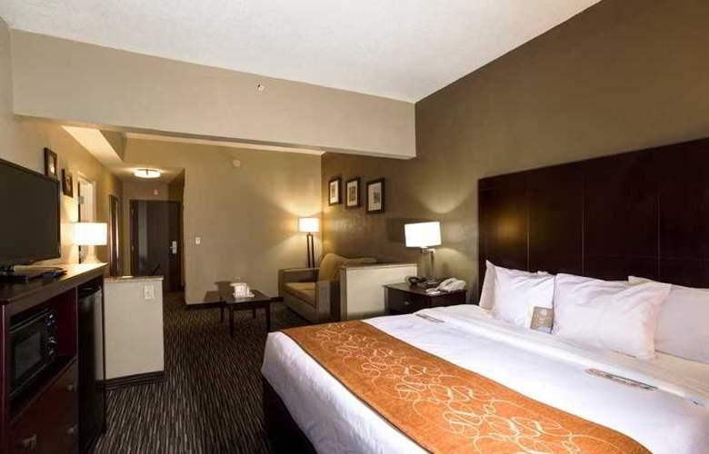 Comfort Suites - Room - 8