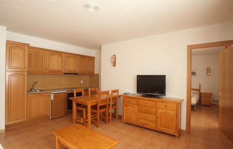 Apartamentos Nòrdic (Del Clos) - Room - 1