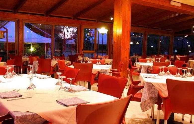 Olimpia - Restaurant - 9