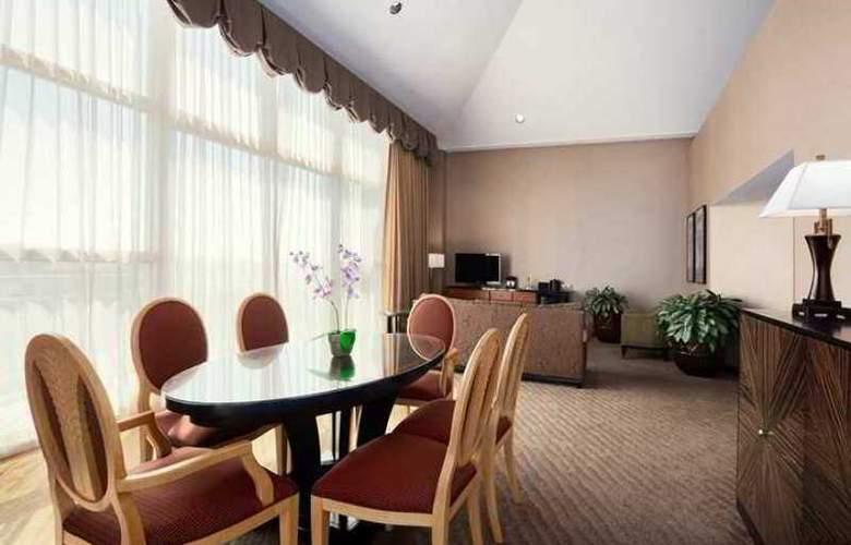 Embassy Suites Brea - North Orange County - Hotel - 3