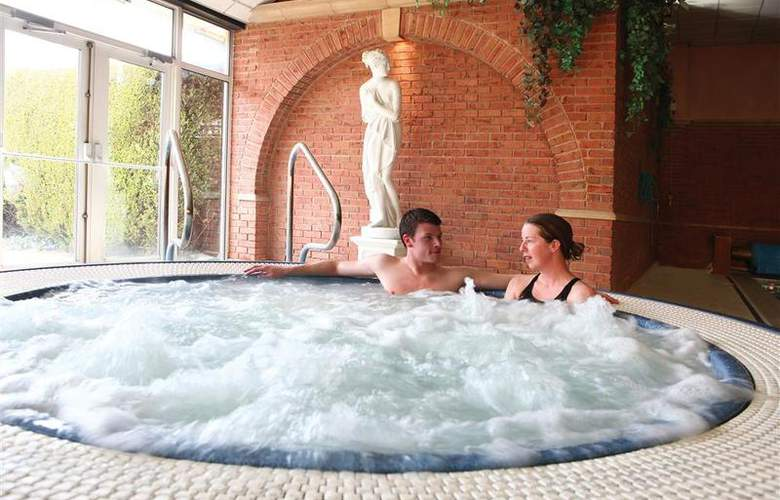 Best Western Willerby Manor Hotel - Pool - 42