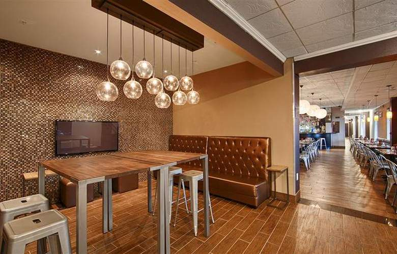 Best Western Plus Newark Airport West - Restaurant - 101