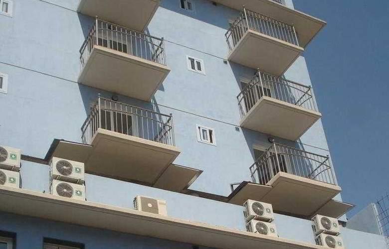 Eliseos - Hotel - 0