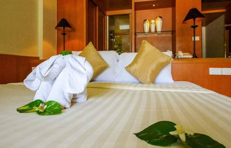 Seaview Patong - Room - 21