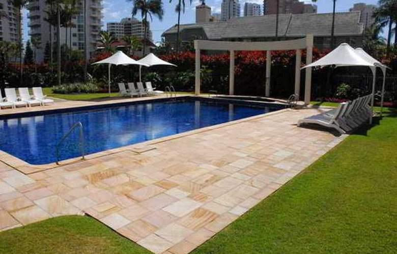 Contessa Condominiums - Pool - 5
