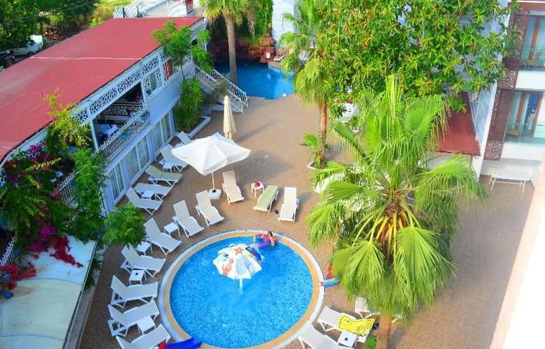 Sunbird Apart Hotel - Pool - 29