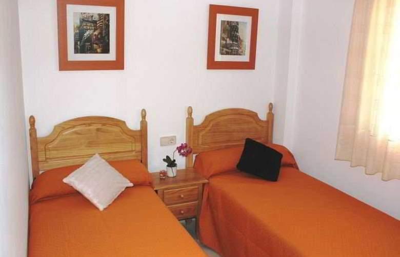 Residencial Bovalar - Room - 11