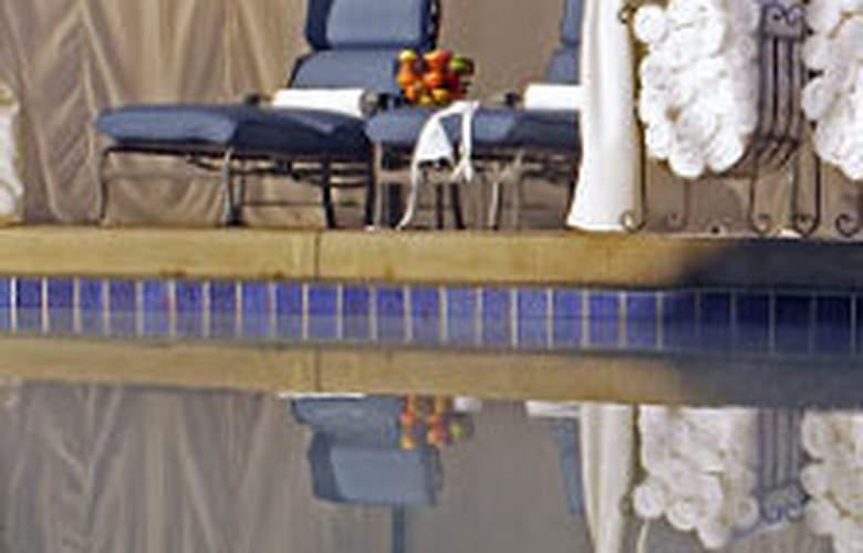Marriott Newport Beach Hotel & Spa - Pool - 0