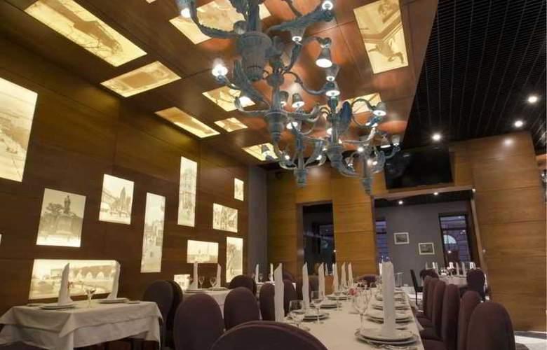 Duke - Restaurant - 28