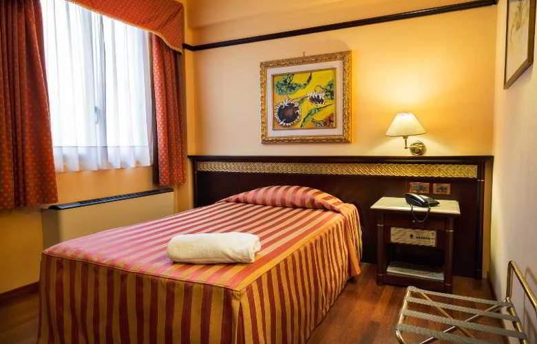 Politeama Palace - Room - 11