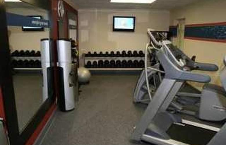 Hampton Inn Roanoke/Salem - Sport - 7