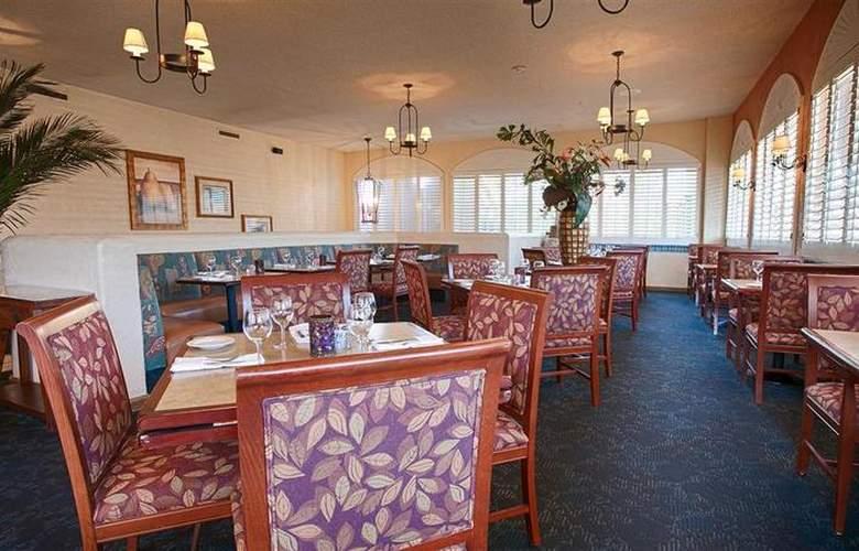 Best Western Plus El Rancho - Restaurant - 45