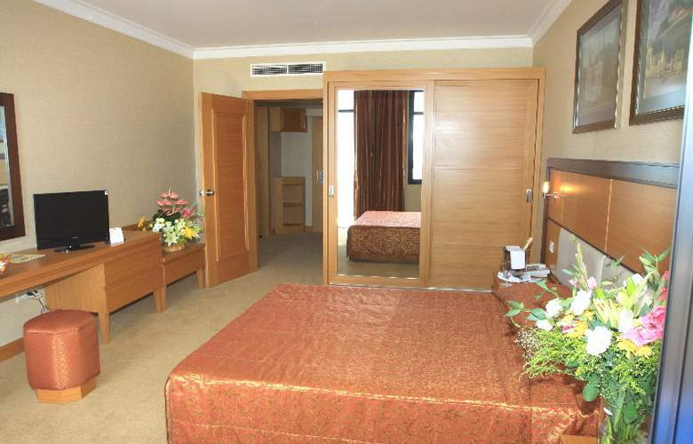 Adora Golf Resort - Room - 3