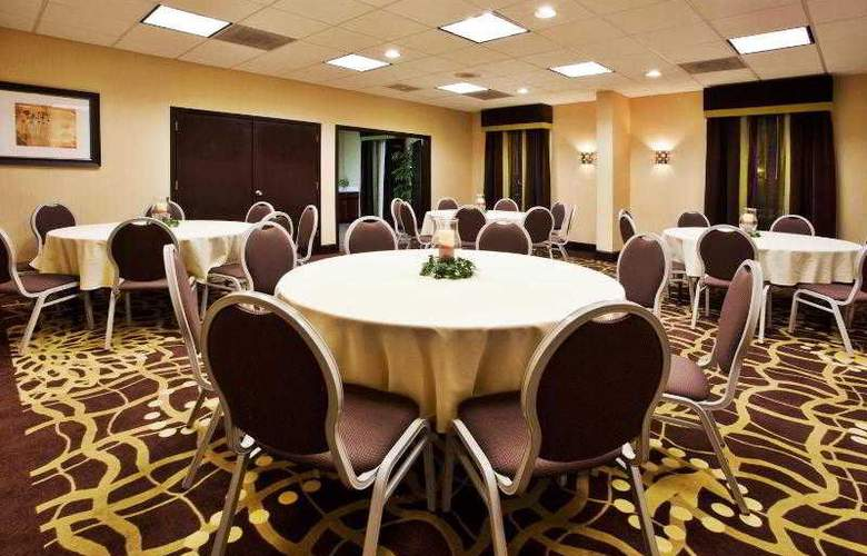 Holiday Inn Express Atlanta Airport - Hotel - 10