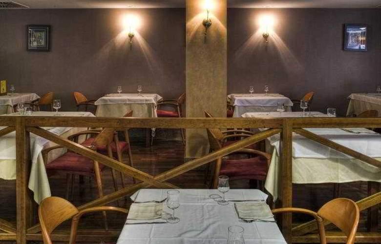 Zenit Diplomatic - Restaurant - 18