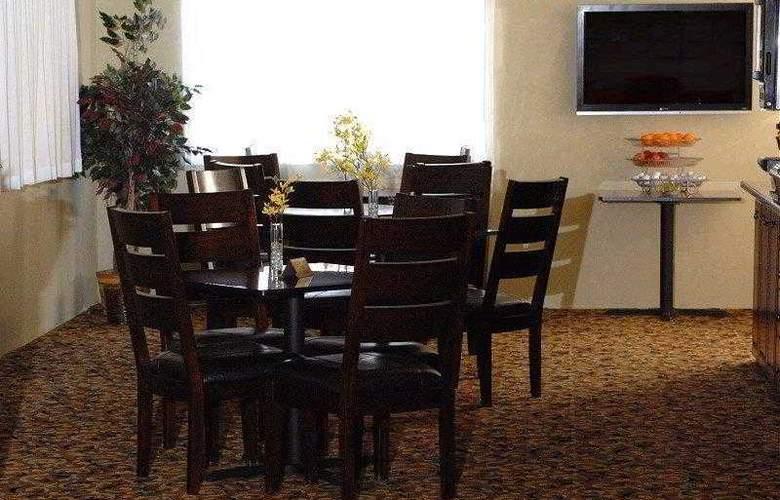 Best Western Edmond Inn & Suites - Hotel - 21