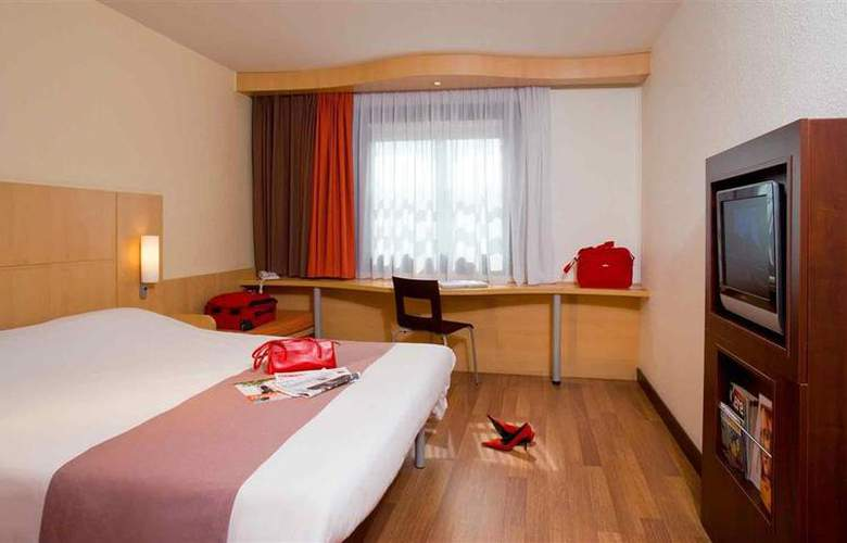 ibis Budapest Heroes Square - Room - 9