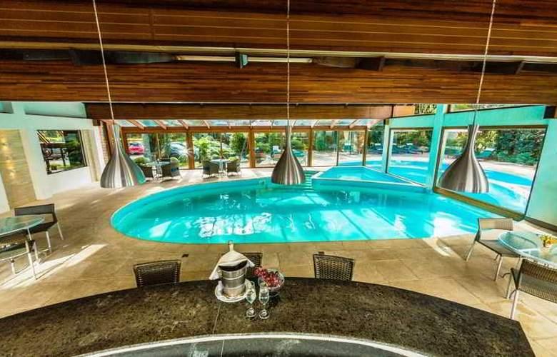 Bavaria Sport Hotel - Pool - 67