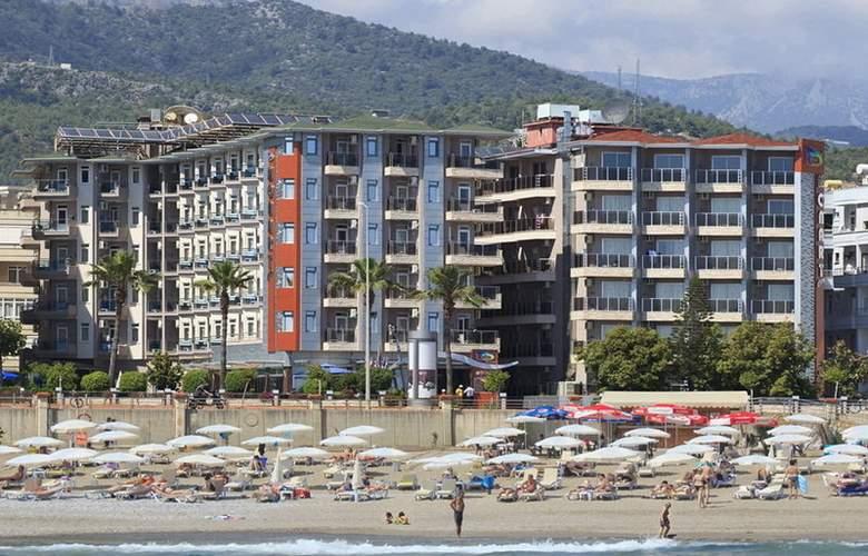 Monart City - Hotel - 0