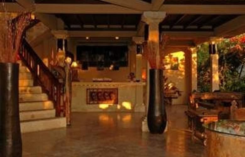 Villa Almarik - Hotel - 0