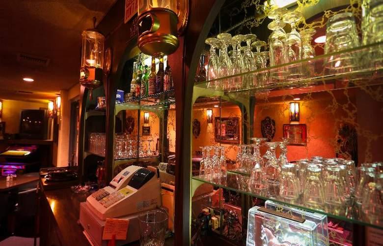 Dunes Inn - Sunset - Bar - 36