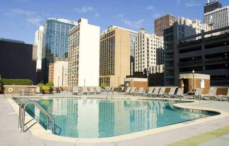 Doubletree Hotel Chicago Magnificent Mile - Hotel - 17