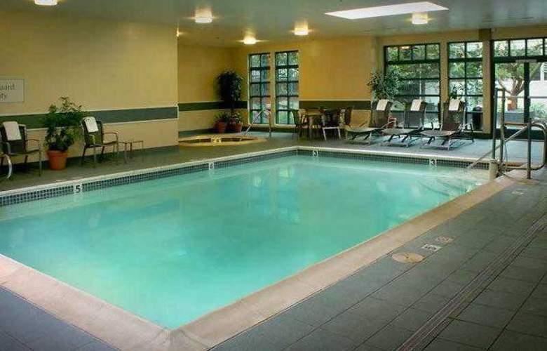 Courtyard Portland Tigard - Hotel - 17