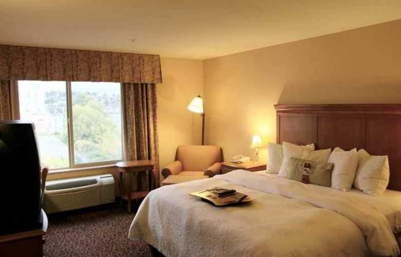 Hampton Inn & Suites Bremerton - Hotel - 0