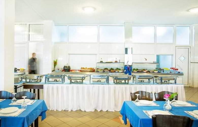 Port Marina - Restaurant - 33