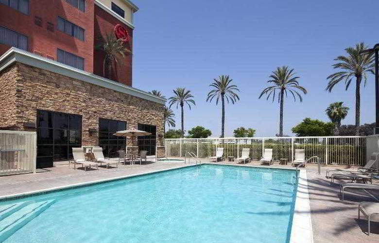 Sheraton Garden Grove Anaheim South - Pool - 24