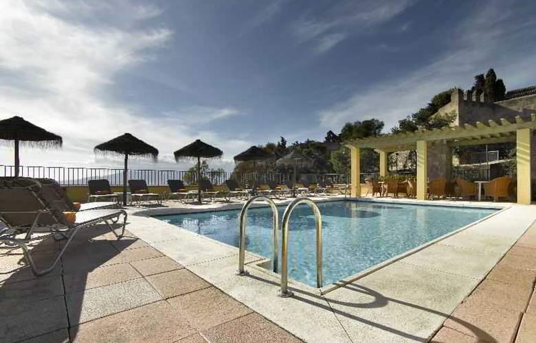 Parador de Malaga. Gibralfaro - Pool - 12