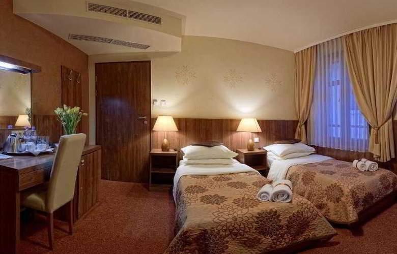 David - Room - 2