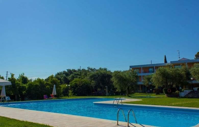 Saint Nicholas  - Pool - 9