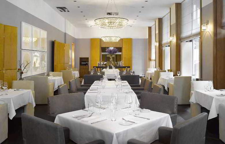 The Emblem Hotel - Restaurant - 25