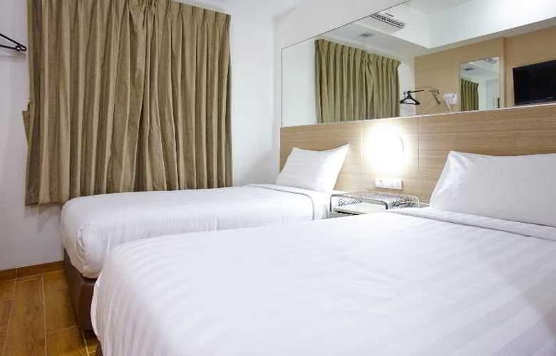 Red Planet Surabaya - Room - 6