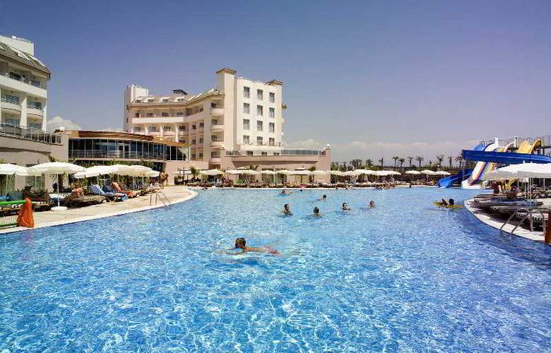 Lilyum Hotel - Pool - 1