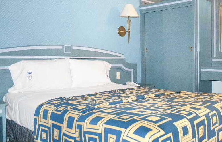 Monaco - Room - 3