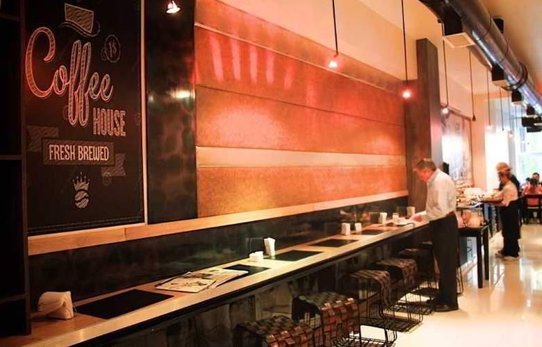 Cyan Recoleta - Restaurant - 24